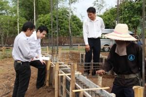 ดูการก่อสร้างบ้านที่มีการเสริมกำลัง